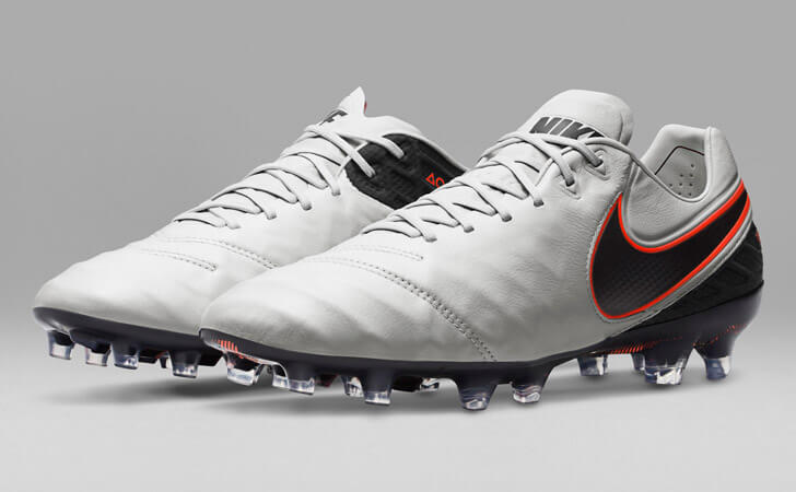 nike-tiempo-legend-6-white-black-01.jpg